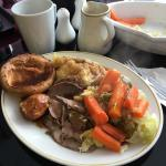 Just enjoyed a lovely Sunday roast beef dinner.. 5* home cooking. Clean plates all round. Could