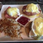 Eggs Benedict sampler