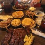 ภาพถ่ายของ Country's Barbecue