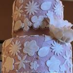 Example of intricate cake decoration