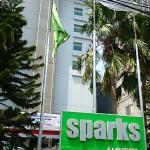 Sparks Life Jakarta Foto