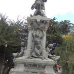 Hermosa estatua