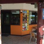 The café.