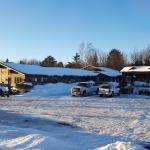 Photo de Cherrywood Lodge - Econo Lodge Inn & Suites