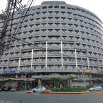 Imperial Palace Suites Quezon City Photo