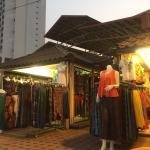 Photo de Kalare Night Bazaar