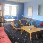 Totland Youth Hostel YHA comfortable lounge
