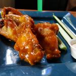 Jefferson Wings w/ 18 karat sauce...MMMMMM!!