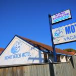 Photo de Moffat Beach Motel