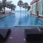 Sai Sawan Beach Resort