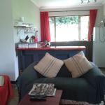 Oribi cottage lounge