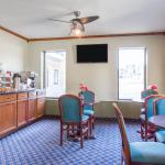 Photo of Rodeway Inn & Suites Fort Jackson