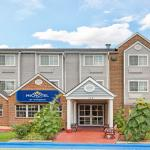 ‪Microtel Inn & Suites by Wyndham Raleigh Durham Airport‬