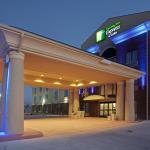 Photo of Holiday Inn Express Hotel & Suites Waller