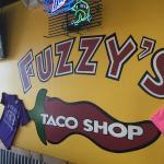 Фотография Fuzzy's Taco Shop