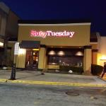 Ruby Tuesday (Paramus, NJ) - Outside View