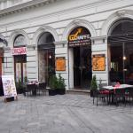 Photo de Giraffe Restaurant & Lounge