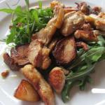 Salat u.a. mit Steinpilzen