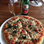 Pizza Vegetarian and a ice cold Bintang