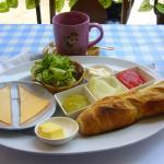 Cheese & ham sandwich 100 BHT
