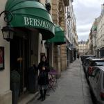 Photo de Hotel Bersoly's Saint Germain