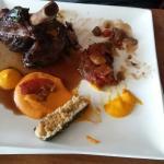 Déjeuner Pascal  Souris d'agneau confite  Thon laqué au sésame