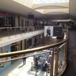 Livingston Mall - view of stores and aisles