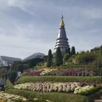 Twin Royal Stupas (Phra Maha Dhatu Nabha Metaneedol and Nabhapol Bhumisiri