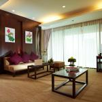 Executive Suites - Living Room