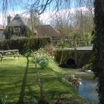 The Gate Inn, Marshside - The Beer Garden - BEAUTIFUL