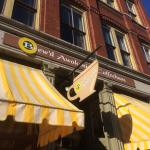 Brew'd Awakening Coffeehaus resmi