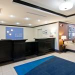 Lobby Reception Area - Holiday Inn Express, Fort Saskatchewan
