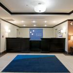 Front Desk - Holiday Inn Express, Fort Sakatchewan