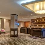 DoubleTree by Hilton Decatur Riverfront Lobby