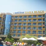 Tiara Beach Photo