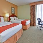 Photo of Holiday Inn Univ of Memphis
