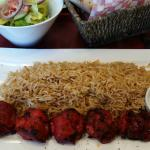 Chicken Tikka and rice with dipping sauce