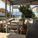 Amazing place! The best food I've had in a whole week in Greece!!!