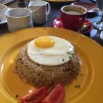 Big serving of Filipino breakfast fare.