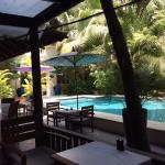 Restaurant bar poolside front