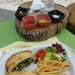 Foto de Flor de Mayo Hotel and Restaurant