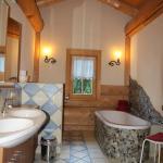 Badezimmer Naturstammhaus