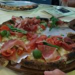 Pizzeria Toto E Macario