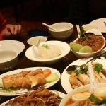 The fantastic hainanese rice and extras