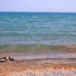 Вот в этом месте я обычно заходил в море.