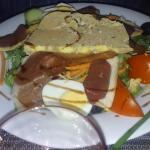 la tres belle et copieuse et delicieuse salade perigourdine