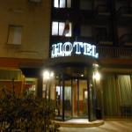 Photo de Hotel 3 Querce