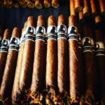 Foto de Silhouette Cigar Lounge