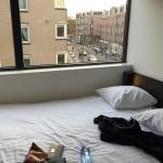 Photo de easyHotel Amsterdam