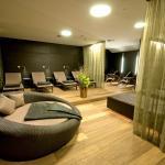 Relaxbereich mit Wasserbetten